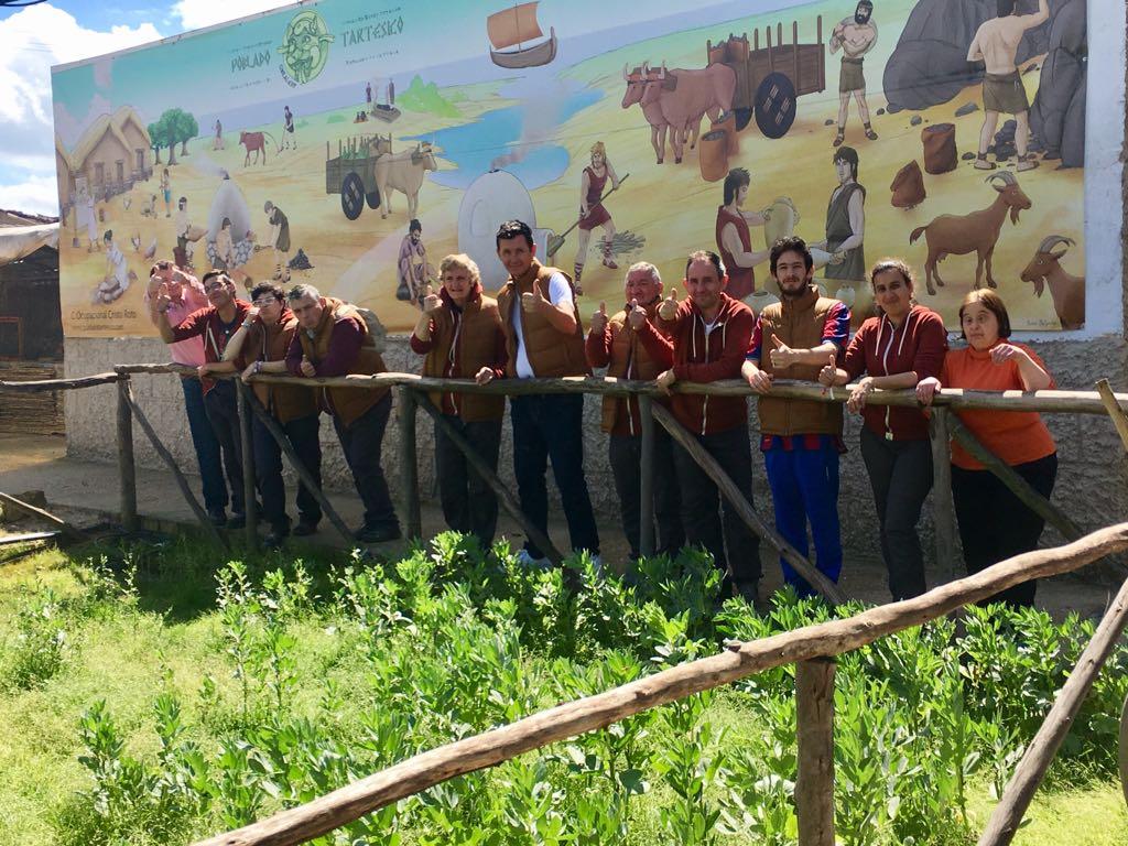 El colegio Tierra Llana de Aljaraque visita El Poblado tartésico de Gibraleón