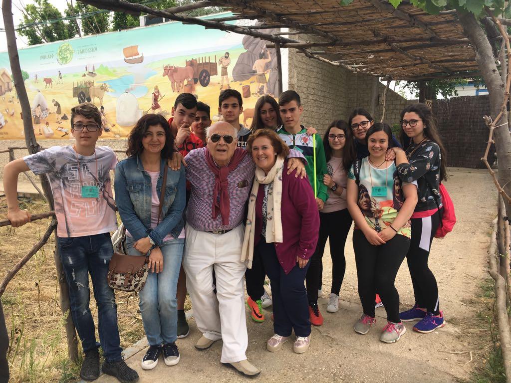 El IES La Campiña de Beas  aplaude el Poblado Tartésico de Gibraleón.